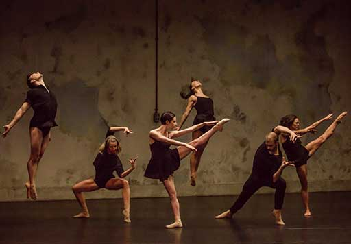 Six dancers performing Sydney Dance Company's 'Frame of Mind'