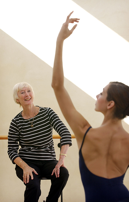 Terri Charlesworth teaching ballet
